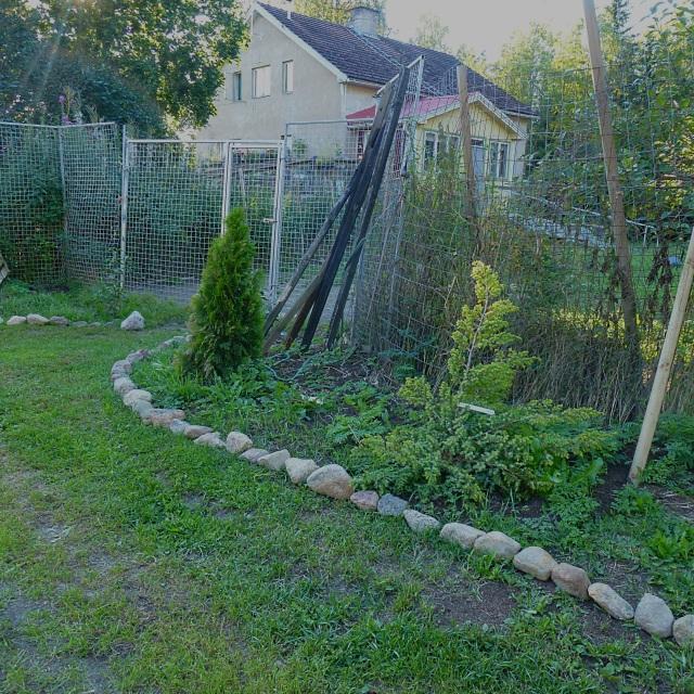 entrance to dog's garden
